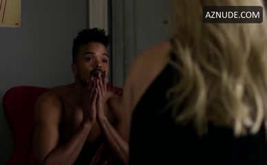 EKA DARVILLE in Marvel'S Jessica Jones