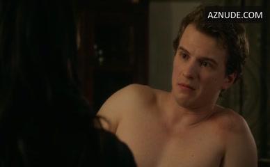 freddie stroma naked