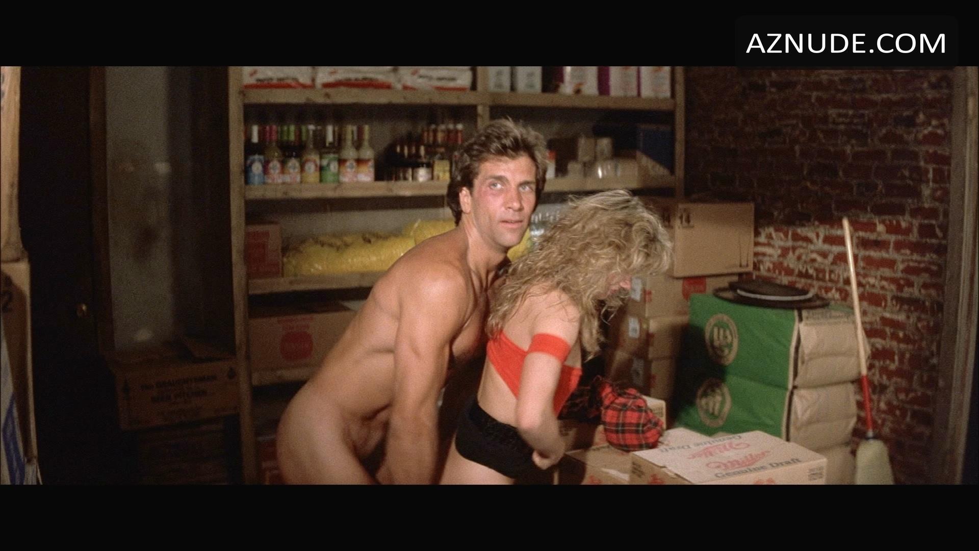 naked women in roadhouse