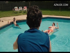 GEOFFREY AREND in BEACH PILLOWS(2013)