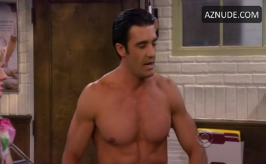 GILLES MARINI in 2 Broke Girls