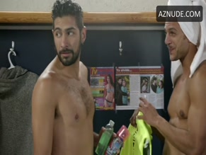 IANIS GUERRERO in CLUB DE CUERVOS (2015)
