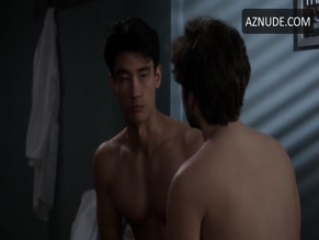 JAKE BORELLI NUDE/SEXY SCENE IN GREY'S ANATOMY