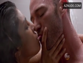 JAKE MCLAUGHLIN in QUANTICO (2015)