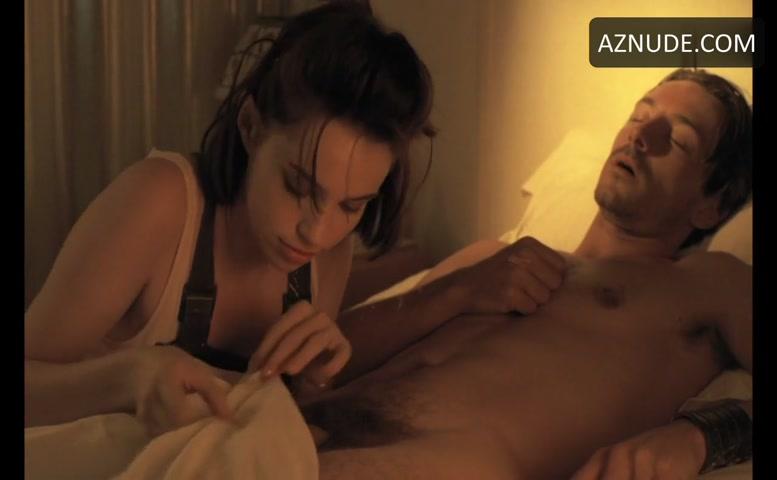 Jean-Hugues Anglade Sexy Scene In Betty Blue - Aznude Men-9809