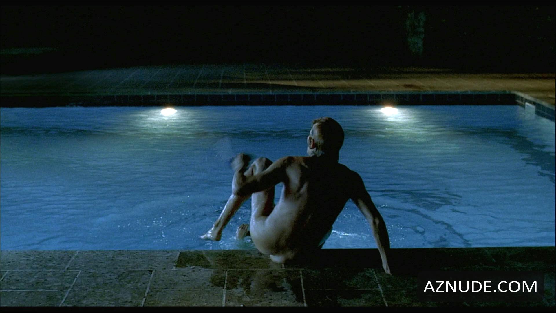 Celebrity Man Naked Photo Swimming Pic