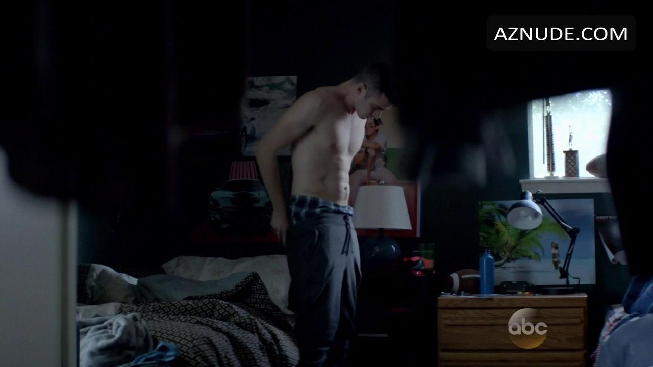 Finest Connor Jessup Naked Pictures