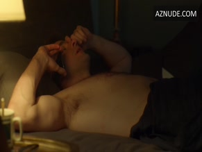 JOHN KRASINSKI NUDE/SEXY SCENE IN TOM CLANCY'S JACK RYAN