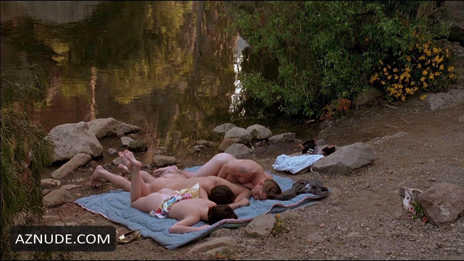 Threesome movie josh charles photo galleries