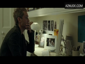 JUDE LAW NUDE/SEXY SCENE IN BREAKING AND ENTERING