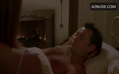 JUDE LAW in The Holiday
