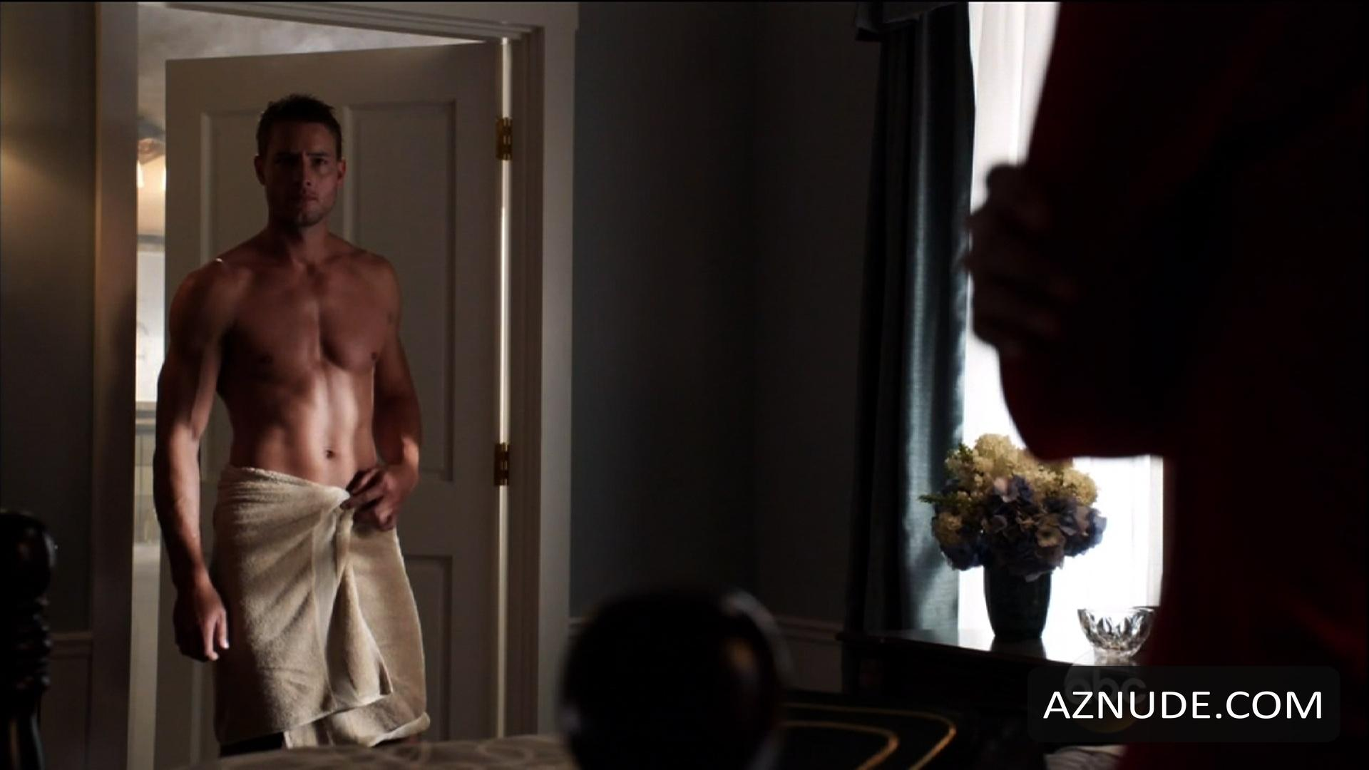 Sexy Justin Hartley Naked Pic