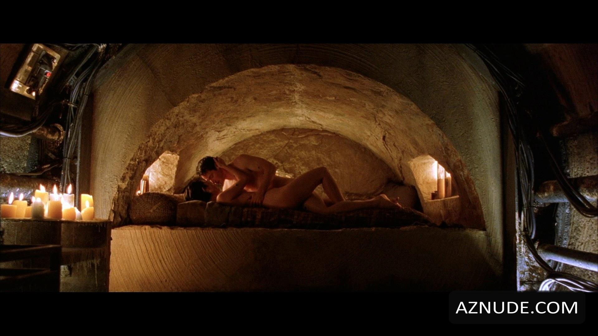 the matrix reloaded nude scenes aznude men