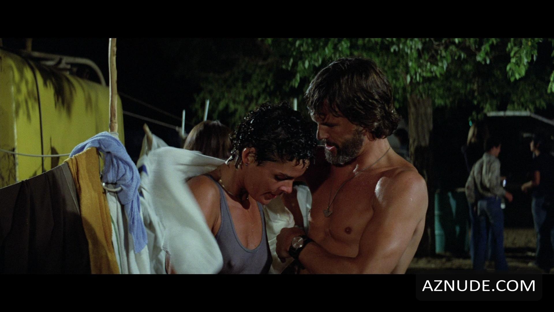Cisco Pike Nude Sex Scene Right Here
