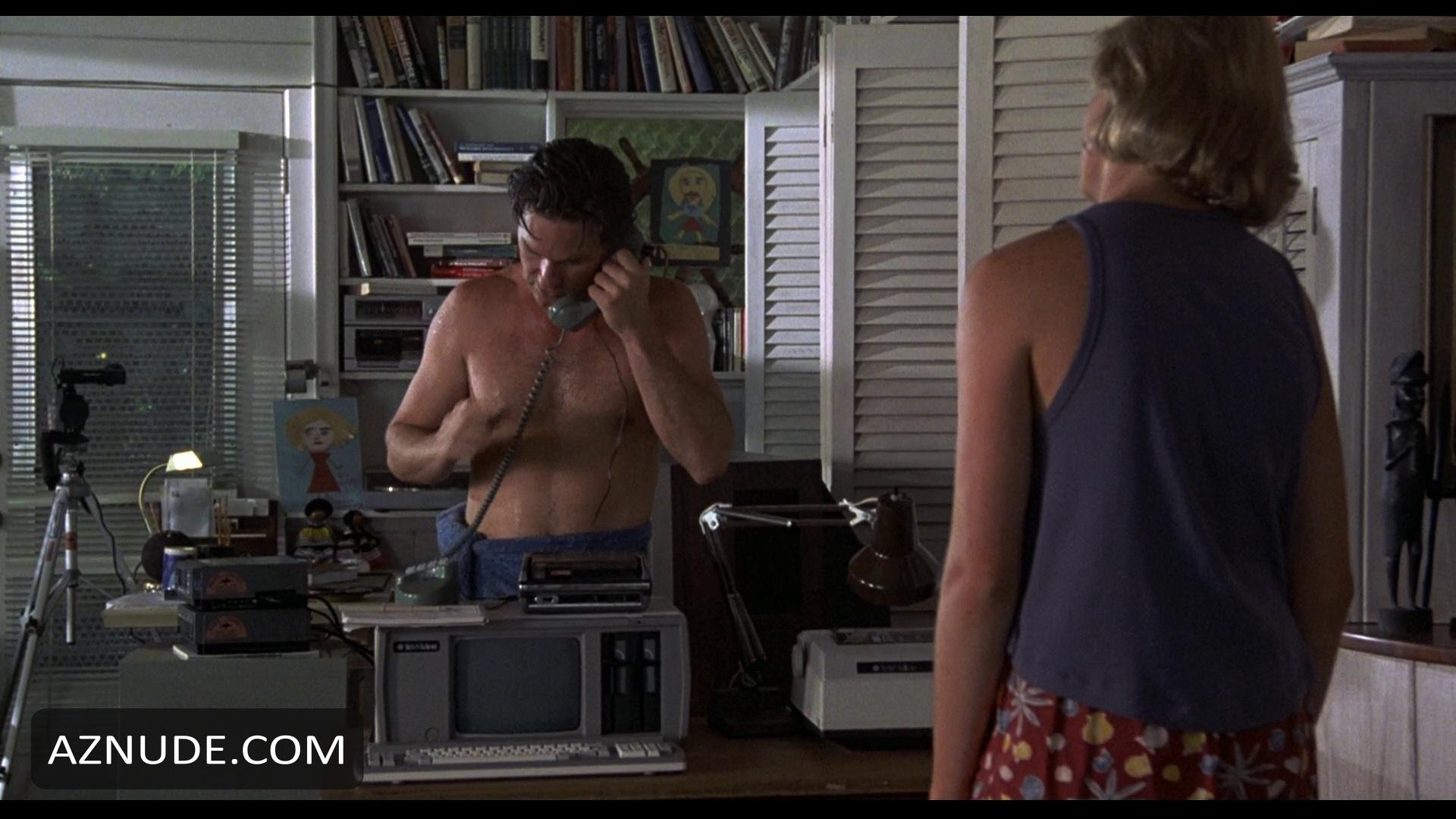 Kurt Russell Nude - Aznude Men-7097