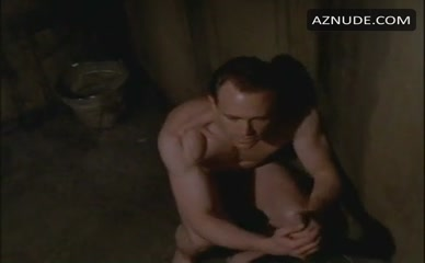 Oz gay sesso scene