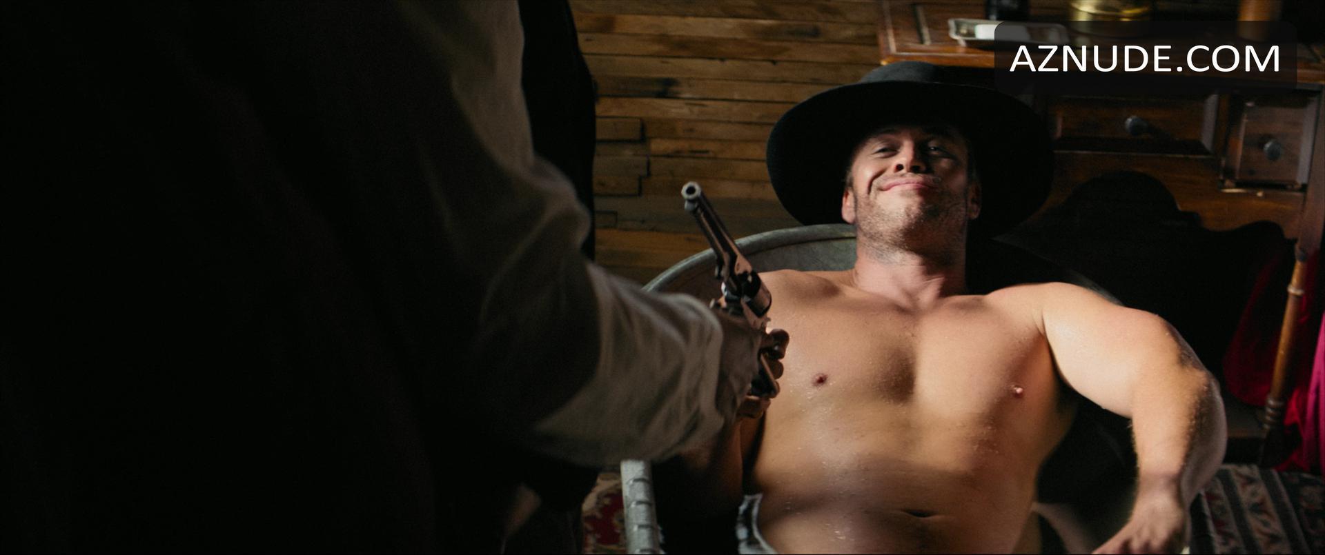 Liam Hemsworth Penis