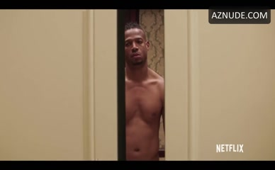 MARLON WAYANS in Naked