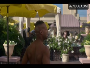 MARLON WAYANS in NAKED(2017)