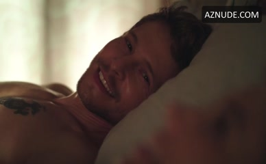 MATT CZUCHRY in The Resident