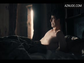 MATTHEW GOODE NUDE/SEXY SCENE IN A DISCOVERY OF WITCHES