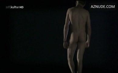 Max Riemelt Nude Sense8