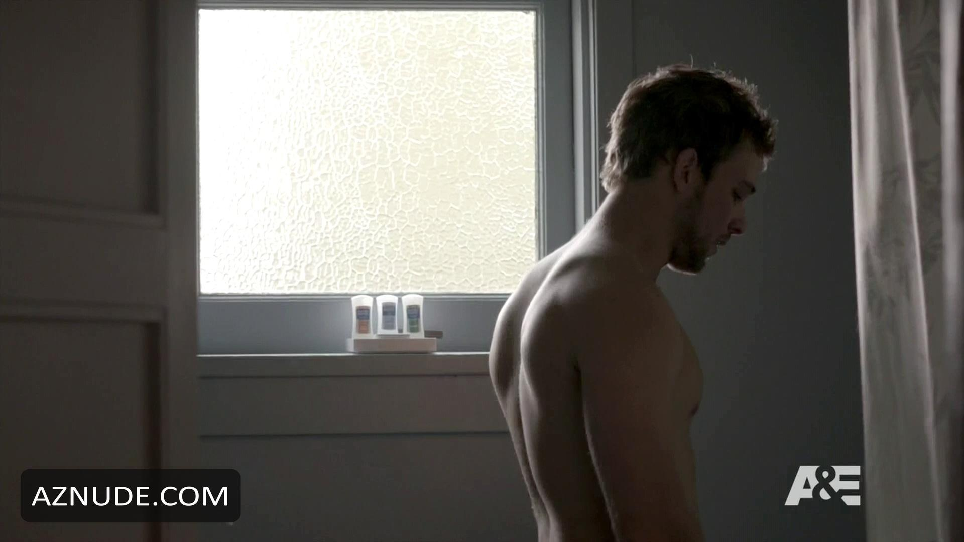 max thieriot pictures nude