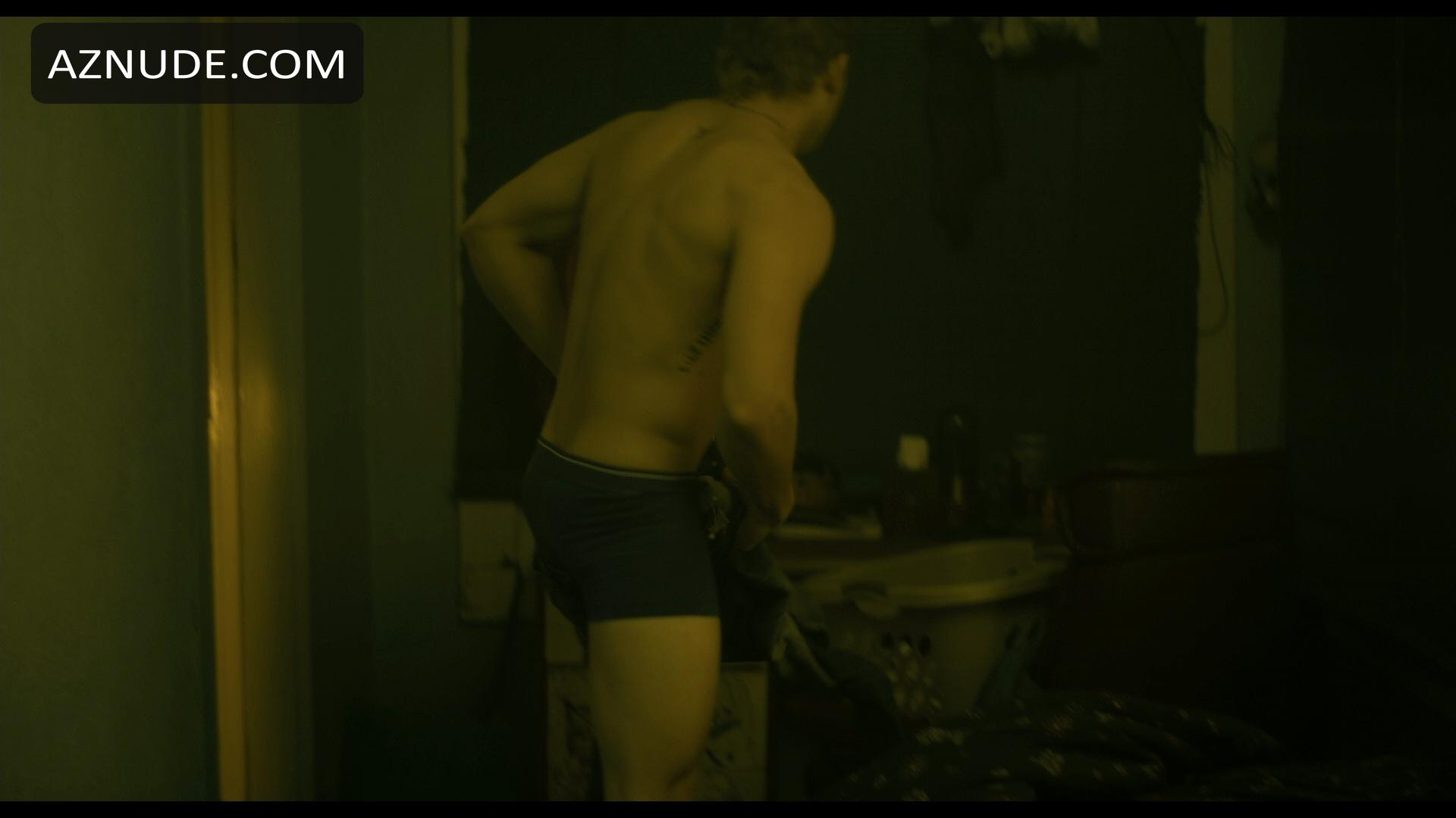 max thieriot bulge