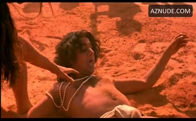 NAVEEN ANDREWS in Kama Sutra - A Tale Of Love