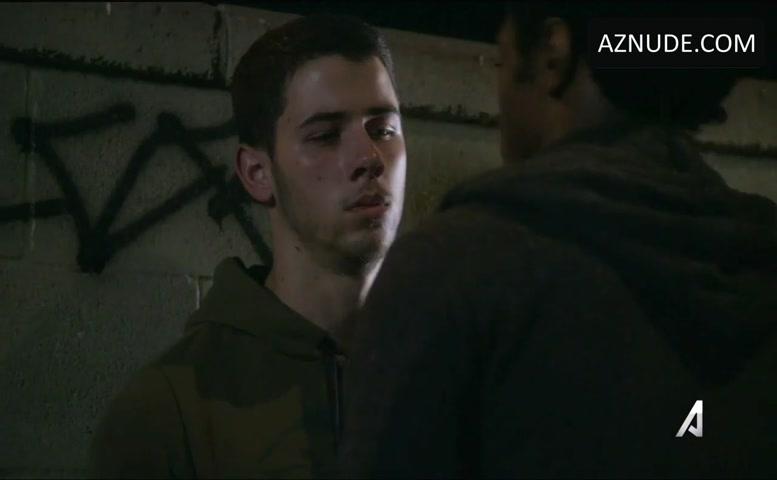 Nick Jonas Gay sex scény