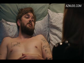 NICK THUNE NUDE/SEXY SCENE IN LOVE LIFE