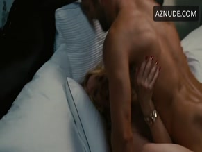 NOAH MILLS NUDE/SEXY SCENE IN SEX AND THE CITY 2