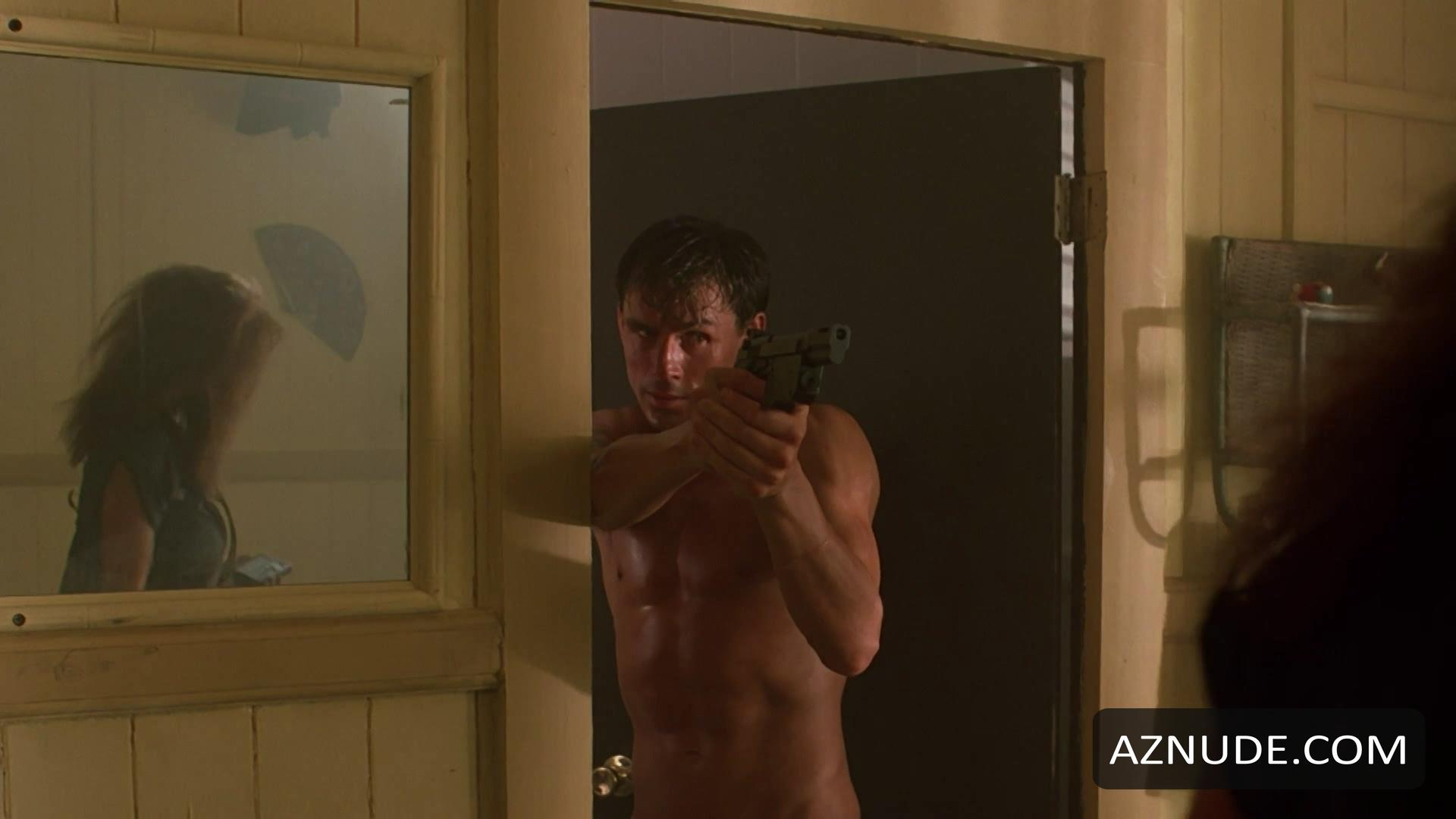 Topless Henry Thomas Nude Scenes