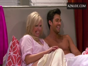 PETER PORTE in BABY DADDY (2012)
