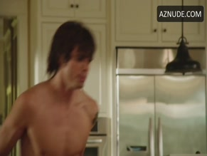 REID EWING NUDE/SEXY SCENE IN 10 RULES FOR SLEEPING AROUND