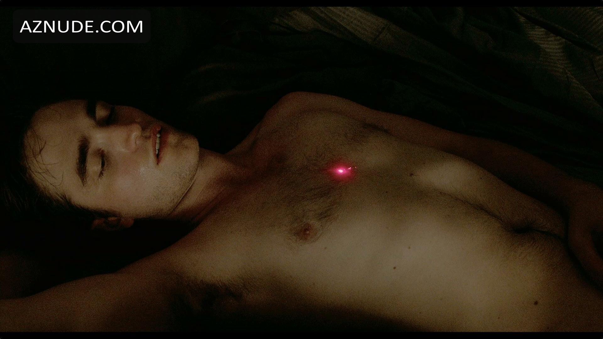 Robert Pattinson Is Sick Of Having To Masturbate In Images
