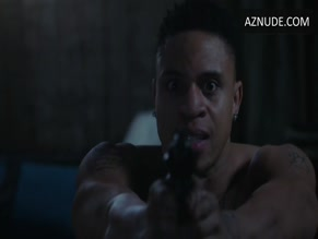 ROTIMI NUDE/SEXY SCENE IN POWER