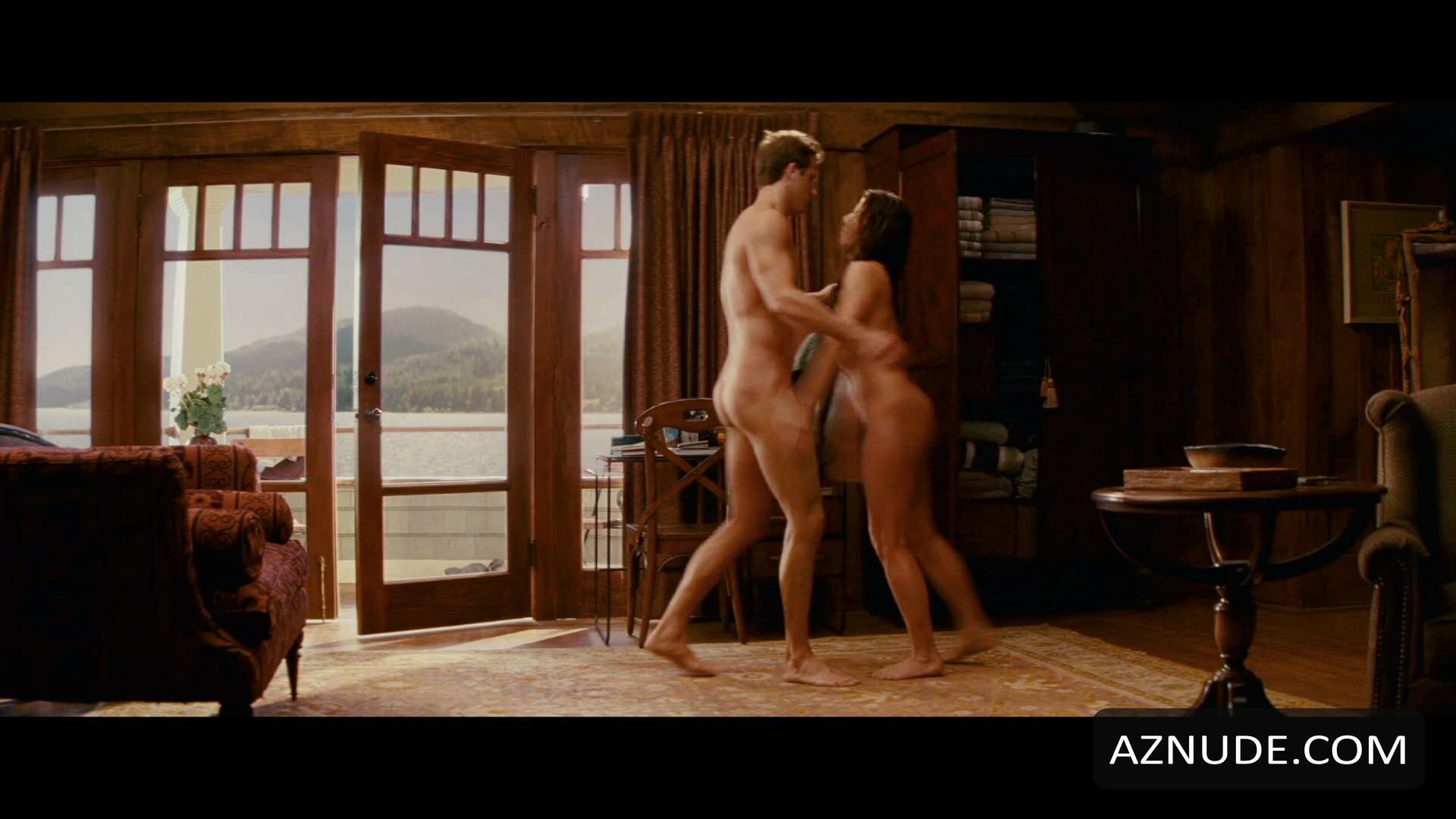 Julian Morris Nude