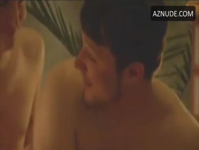 RYAN SMITH NUDE/SEXY SCENE IN YOUNG AMERICAN BODIES