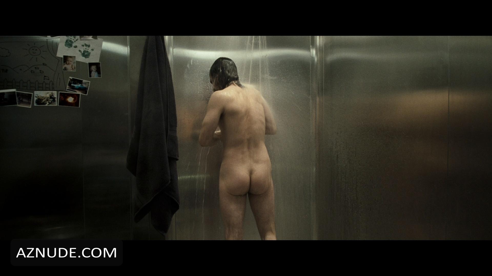 Hot Bare Naked Choke Pic