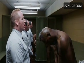 SAMUEL L. JACKSON NUDE/SEXY SCENE IN AGAINST THE WALL
