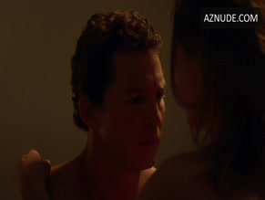 SHAWN HATOSY NUDE/SEXY SCENE IN ANIMAL KINGDOM