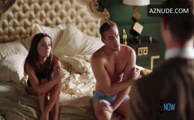 TOM AUSTEN in The Royals