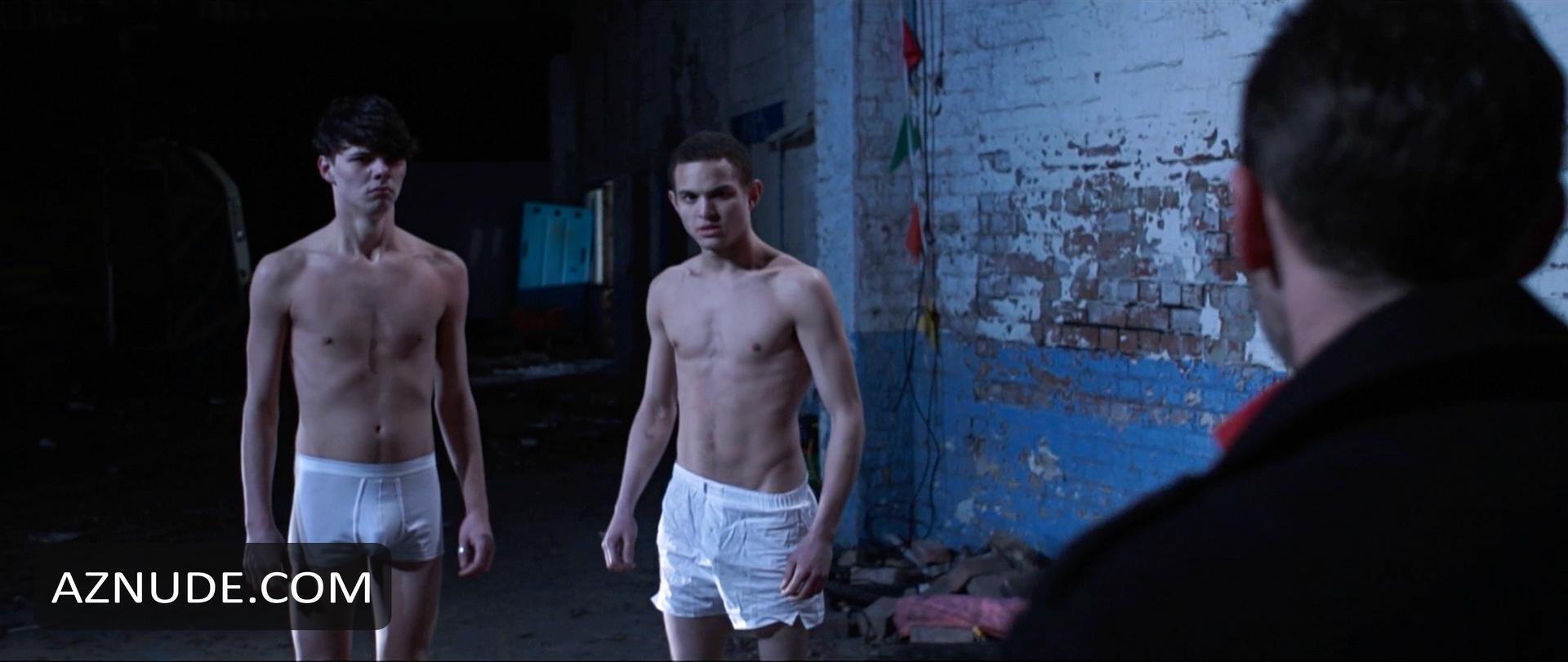 Payne shirtless tom