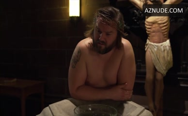 TYLER LABINE in Deadbeat