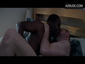 VINCENT FRANKLIN NUDE/SEXY SCENE IN CUCUMBER