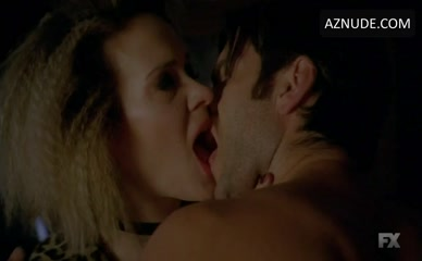 WES BENTLEY in American Horror Story
