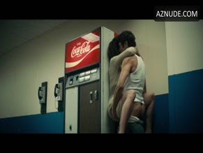 zack efron meleg szex lizzy caplan sex video